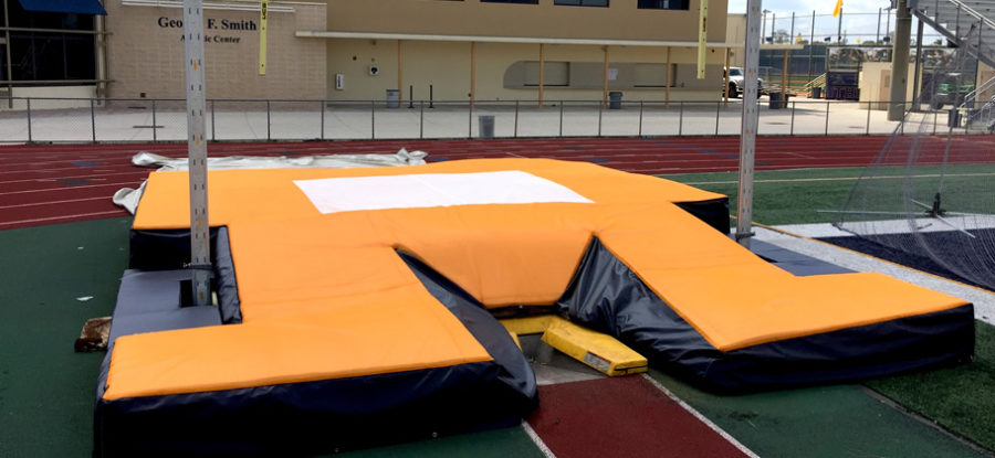 Pole Vault Top Pad with Skirt and Ryland Lattice System
